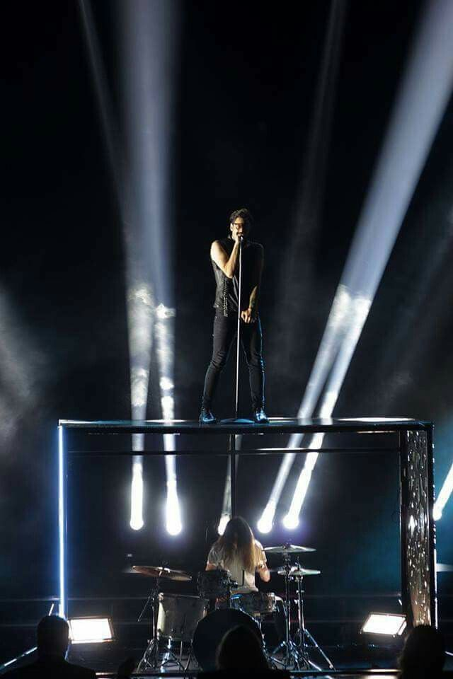 Ian Stratis_Foo Fighters Pretender_X Factor Greece Final