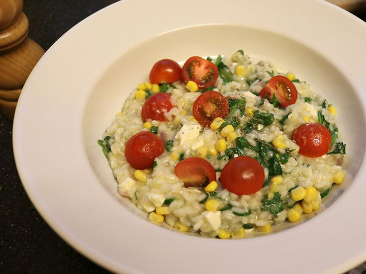 Mm.. Deze Risotto met spinazie en maïs is suuuperlekker. In deze blogpost vind je het recept!