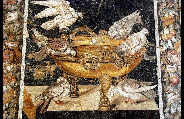 Grande coppa d'oro con colombe (particolare) -  da Pompei - Museo Arch. Naz. Napoli