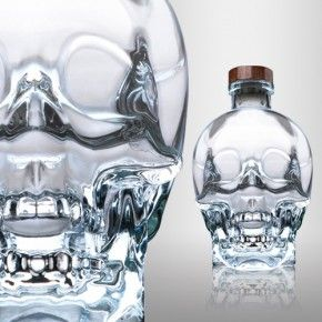 •American artist John Alexander designed Crystal Head's famous bottle. •Crystal Head Vodka was not only created by a celebrity but is a favorite of rock legend Keith Richards and actor Johnny Depp.