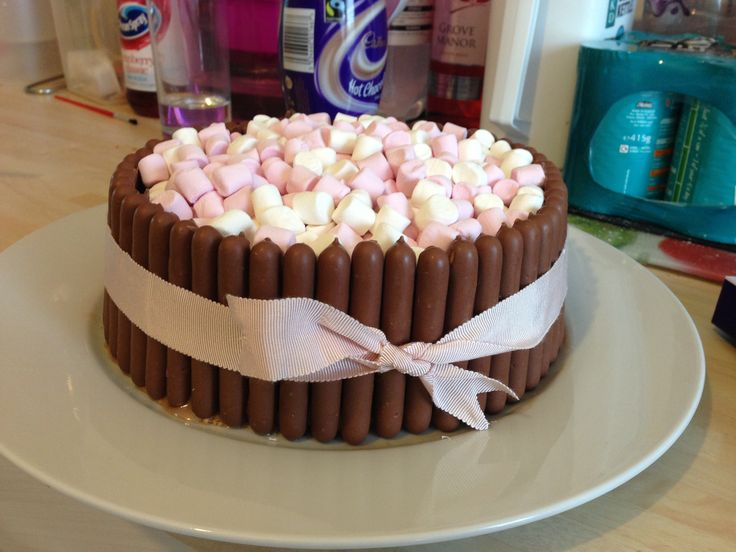 Chocolate cake with chocolate fingers and mini marshmallows - really simple & yummy!