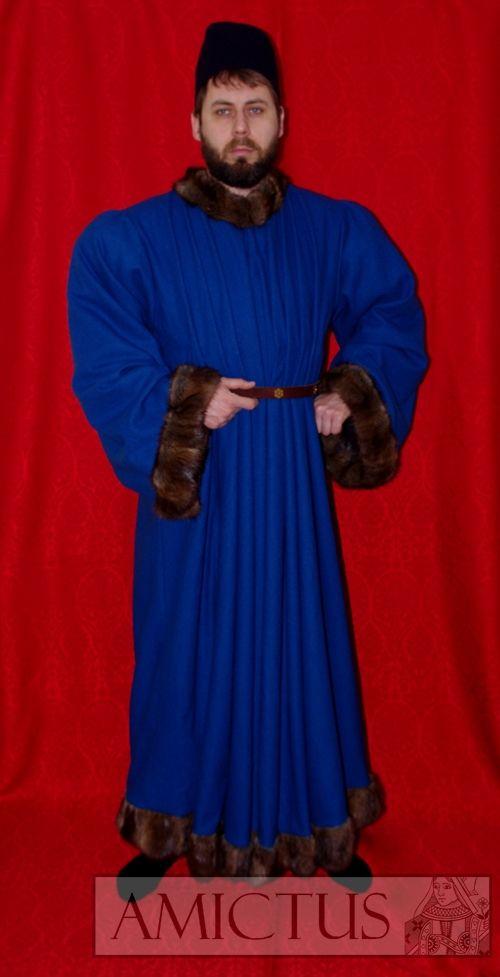Długia szata męska (fr. robe) uszyta z sukna wełnianego i wykończona futrem. Druga połowa XV wieku.