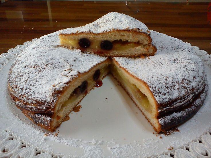 Ricetta tipica della Polacca aversana, dolce fiore all'occhiello delle tradizione culinaria campana e originario di Aversa