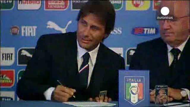 """Italia confía en Conte para guiar a los """"azzurri"""""""
