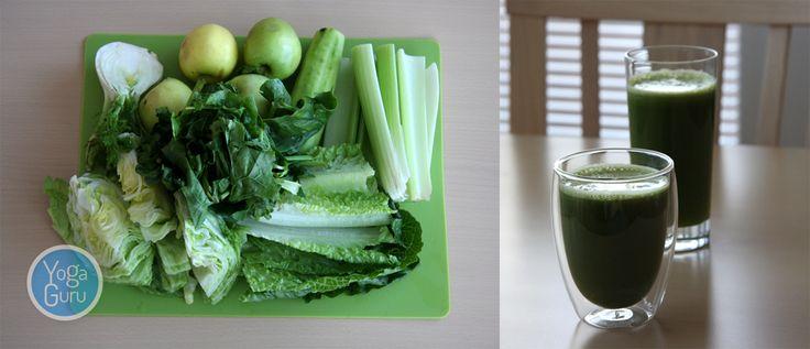 YogaGuru.cz / Na dvě porce (po cca 400 ml) této zelené dobroty budete potřebovat: 1/2 čerstvého fenyklu - dodá příjemnou osvěžující chuť, 1/2 ledového salátu, 6 listů římského salátu, 3 řapíky celeru, 1/2 až 1 celou okurku, 1 velkou hrst čerstvého špenátu a 4 středně velká zelená jablka.   Všechno postupně odšťavíme v odšťavňovači a máme hotovo. Dobrou chuť :)