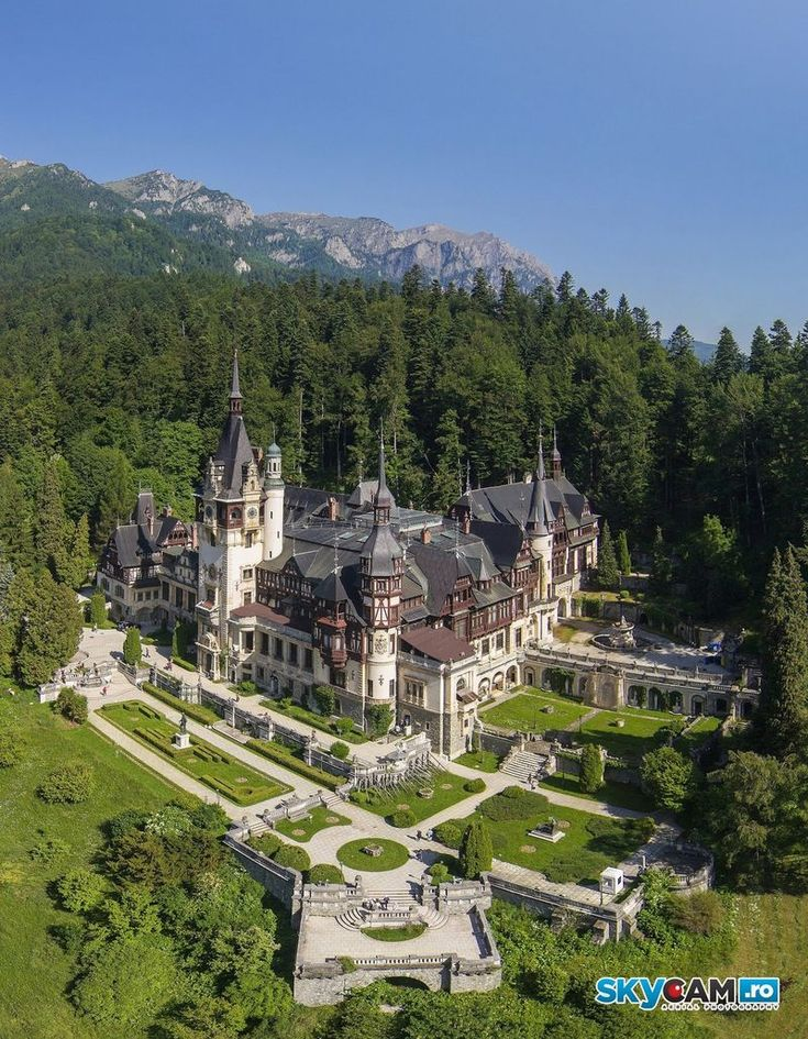 Замок Пелеш (Castelul Peles) в Румынии (55 фото + 2 видео)