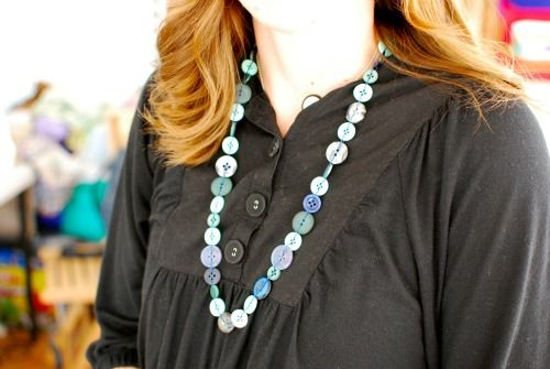 Button necklace, good for using random buttons