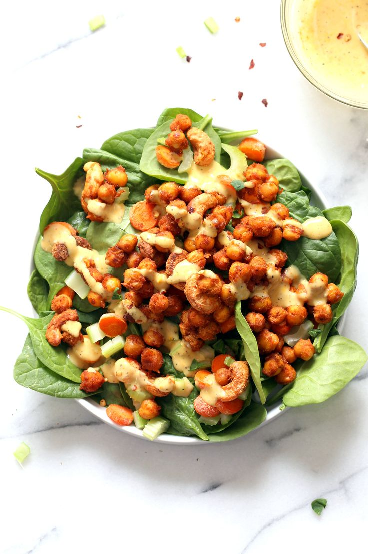 Sriracha Chickpeas, Cashews, Spinach Bowl with Ranch Curry Dressing. Add these S…   – Vegan recipes