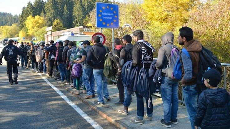 'Send Refugees Back to Syria,' Germany's AfD Party Tells Merkel Government | Truth Revolt
