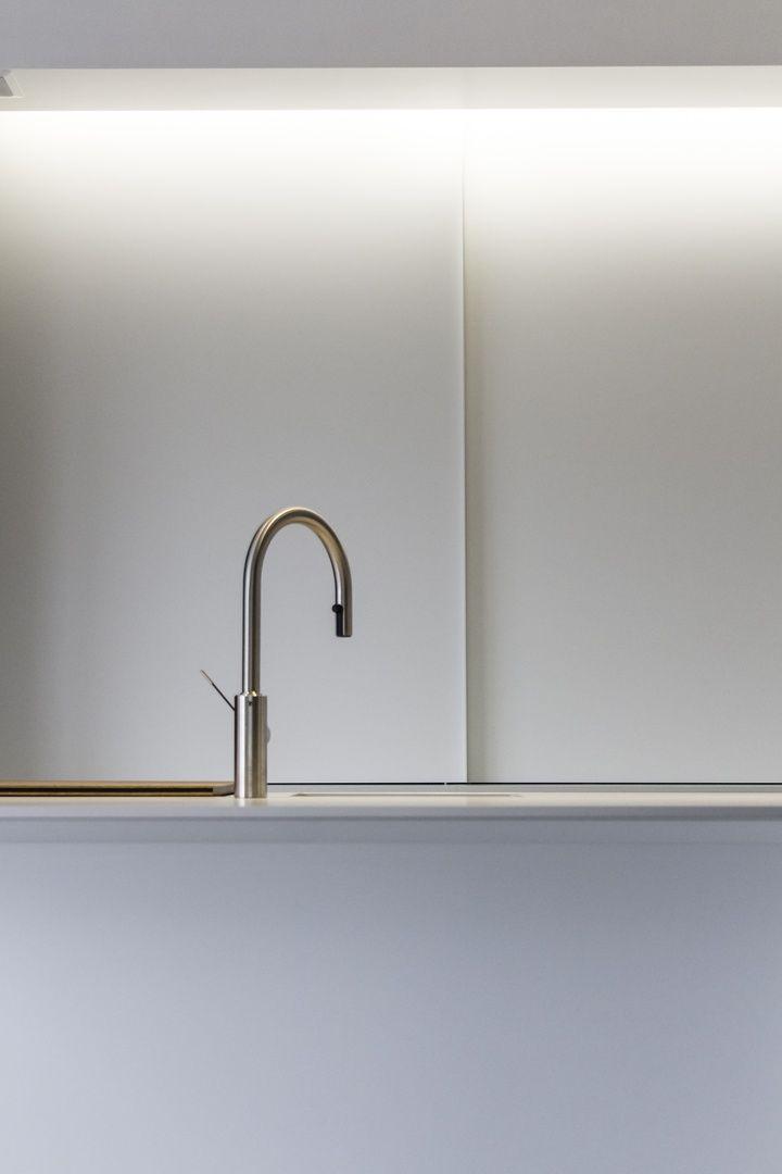 BJORN VERMANDER | interieurarchitect | interieurvormgever | ontwerp | uitvoering | renovatie | vormgeving | leefruimte | keuken | badkamer | haarden | West-Vlaanderen | Roeselare | Kortrijk | Ieper | Kust