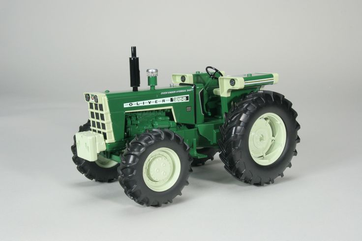 Oliver 1955 with power assist 1:16 Scale Die-Cast Tractor