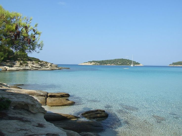 Lagonisi bay...has so many beaches, you truly feel that you are in an island!!
