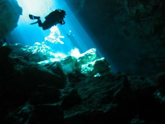 Diving cenote Mexico