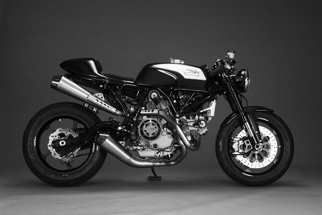 RocketGarage Cafe Racer:  New fiber tank and seat faring for Ducati Sport Classic, Sport 1000 by MOTOMO-d