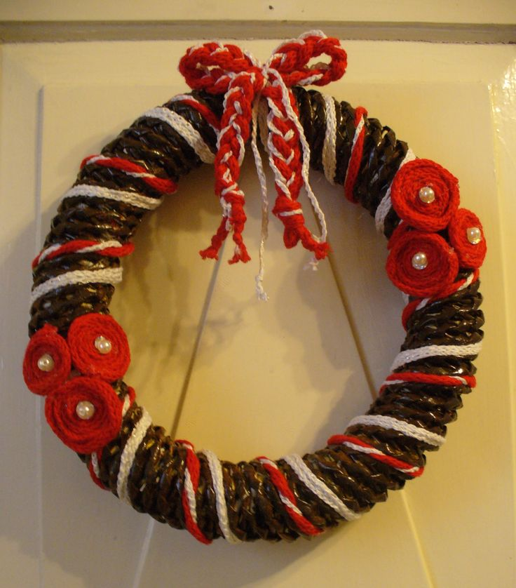 red xmas wreath for my son's in law mom
