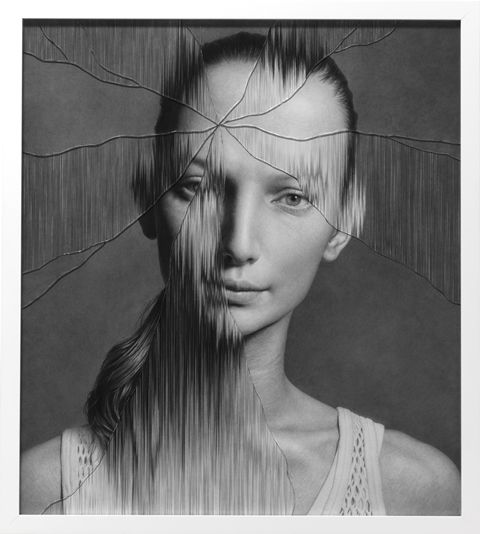 Taisuke Mohri, The Cracked Portrait # 3, pencil on paper, glass, 70.3×62.8cm 2014