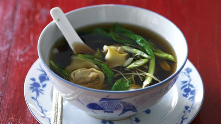 Prawn and chicken wonton soup