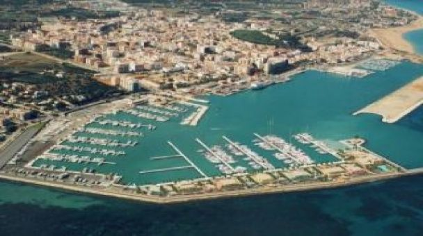 uperyacht berth for rent in of the most luxurious marinas on the Mediterranean - Port Denia