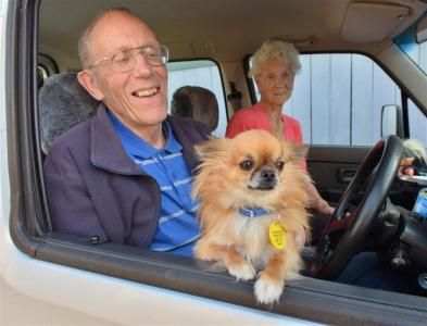 Henk and Ivy Kokay with their chihuahua Mickey. Photo by Gerard O'Brien.