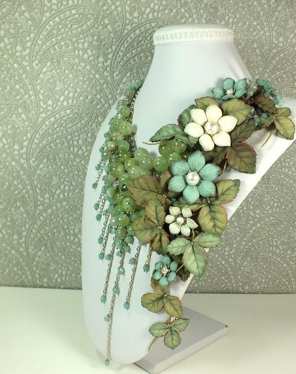 Купить Андаманское Парфе. Колье из натуральных камней, цветы из кожи - мятный, светло-зеленый