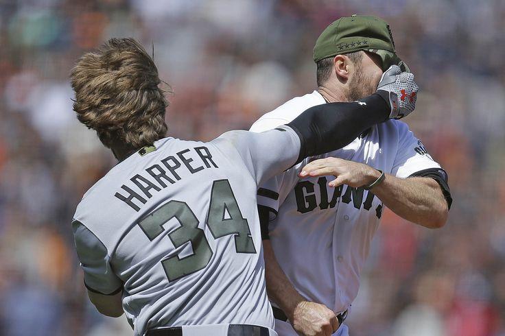 """Bryce Harper throws punches, helmet in epic brawl Sitemize """"Bryce Harper throws punches, helmet in epic brawl"""" konusu eklenmiştir. Detaylar için ziyaret ediniz. http://xjs.us/bryce-harper-throws-punches-helmet-in-epic-brawl.html"""