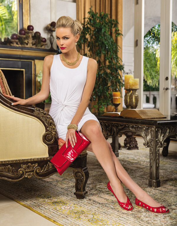 IDELLE shoes, red patent print.     AMALFI DIA5 bag in red lucky lizard patent leather