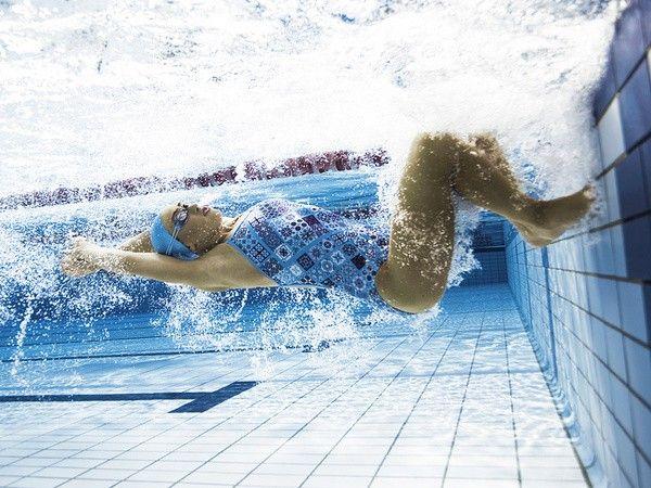 Amanzi Azulejo jsou dámské plavky vcelku. Amanzi přichází s novým střihem velmi podobným plavkám Funkita. Plavky jsou ideální na treningy, ale i rekreační plavání. Materiál: 100% Polyester (odolný vůči chloru) Výrobce: Amanzi Australia