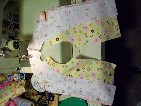 photo tutorial for sewing American Girl Molly's pajamas from available free pattern.