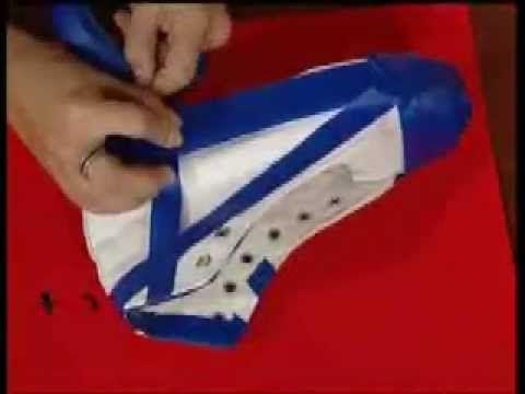 Suscribete a nuestro canal https://www.youtube.com/user/ManosalaObraTV?sub_confirmation=1 Gimena Dusi nos enseña a pintar zapatillas con pinturas en aerosol....