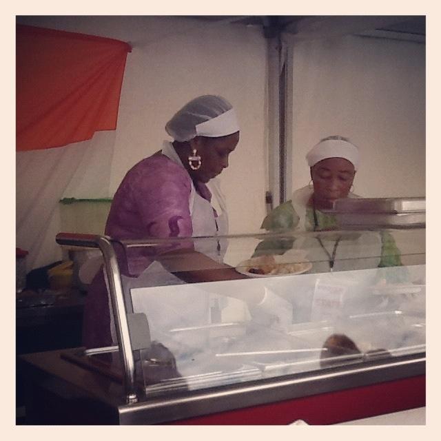 Le bravissime cuoche che ci hanno preparato il pesce attieke, dalla Costa d'Avorio. #ExpotourNapoli #ExpoTour #Expo2015 #ExpoMilano2015 #Napoli