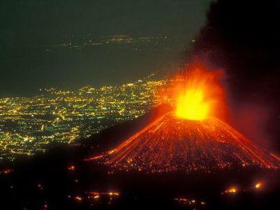 Mt Etna 2012 eruption