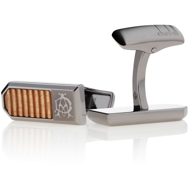 How about vaping a Dunhall ecig while wearing these Dunhill Oak Wood Cufflinks? Pretty classy! #ecigarette #men