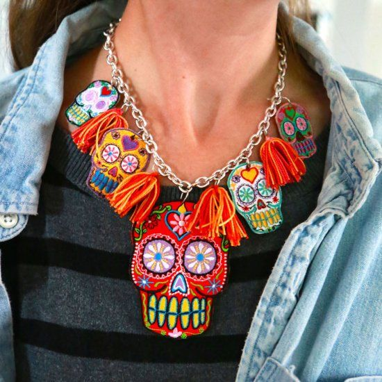 Suar Skull Necklace