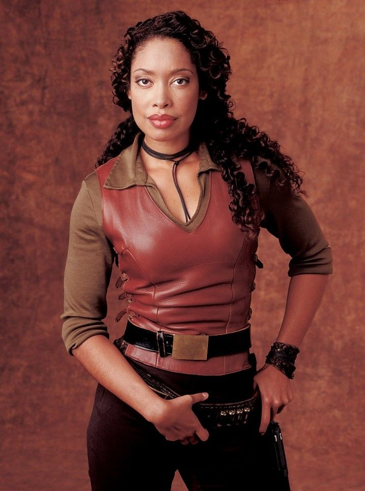 Gina Torres from Firefly/Serenity. And she's an opera singer too! Image Result for http://1.bp.blogspot.com/-dKgDJcO1UK8/TbV_MJQQd0I/AAAAAAAAANY/S20XIkPhZjU/s1600/936full-gina-torres.jpg