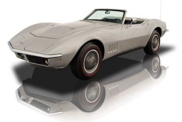 1968 Bloomington Gold Chevrolet Corvette Roadster
