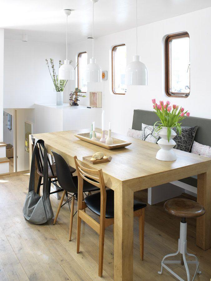 kitchen of our houseboat Jolie - waterloft.nl