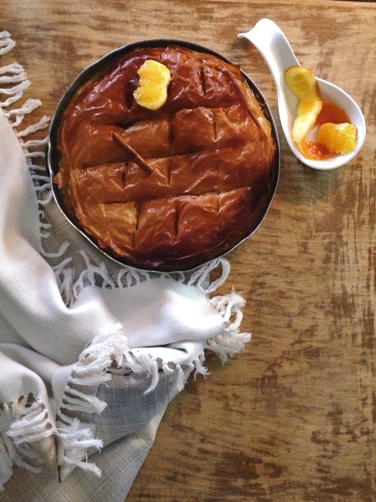 Milk pie with semolina, fresh butter and orange juice