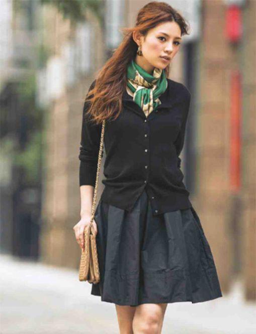 定番のスカートと組み合わせてバランス良いコーデ◎ニットのアンサンブルコーデの着まわし術☆参考にしたいスタイル・ファッション♪