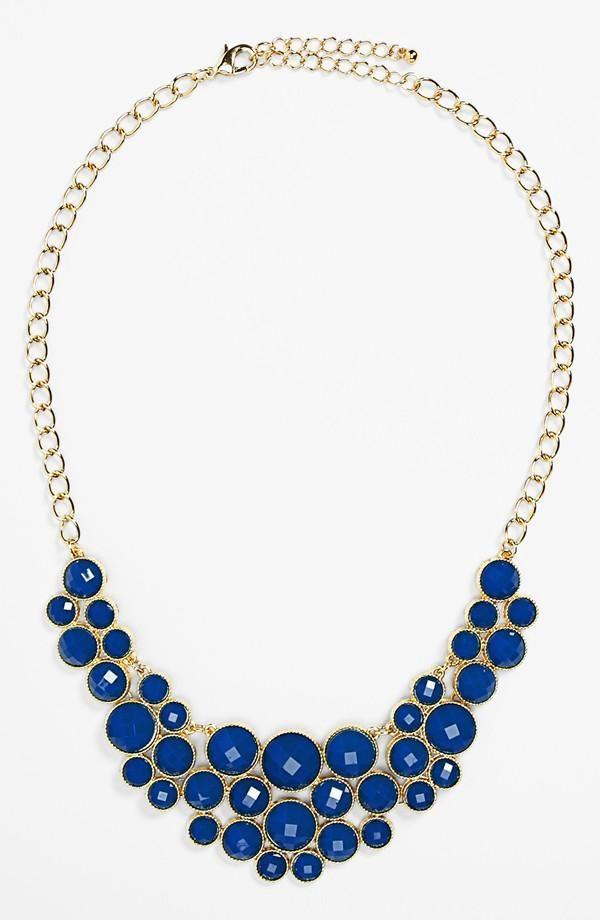Blue, blue, blue statement necklacke