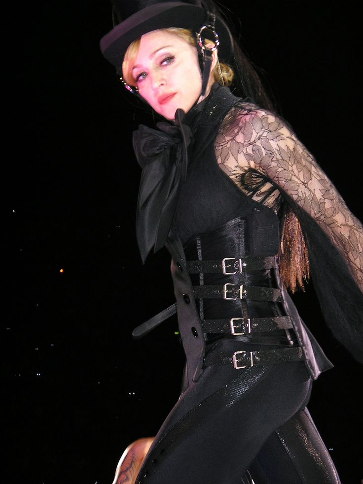 Madonna in Gaultier, Confessions Tour 2006