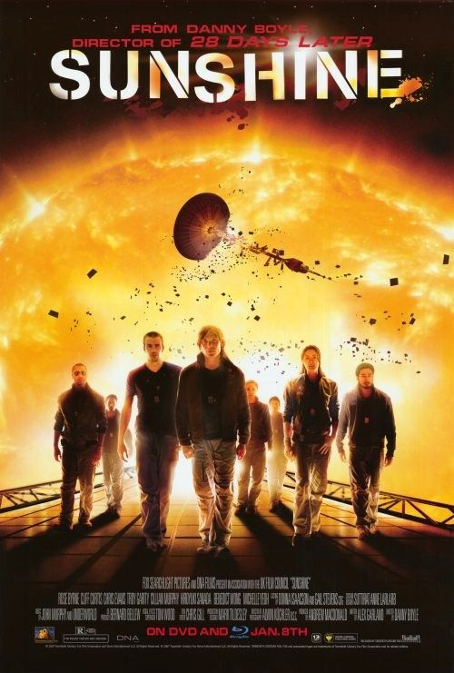 A team of international astronauts is sent on a dangerous mission to reignite the dying Sun with a nuclear fission bomb in 2057. Someone or something on board is trying to stop them. Will they complete their mission and save planet earth?