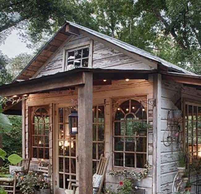 40 Simply Amazing Garden Shed Ideas A Gallery Of Garden Shed Ideas 19 Whimsi Amazing Gallery Garde In 2020 Cottage Garden Sheds Backyard House Amazing Gardens
