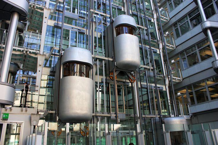 Lifte im Ludwig Erhard Haus - IHK Berlin