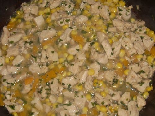 Salata de orez cu pui, ardei si porumb - imagine 1 mare