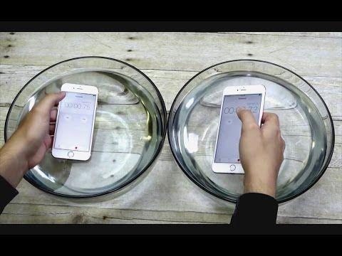 iPhone 7: An einem offiziellen Waterproof-Design kommt Apple nicht vorbei - https://apfeleimer.de/2016/07/iphone-7-an-einem-offiziellen-waterproof-design-kommt-apple-nicht-vorbei - Aktuell macht ein Bericht die Runde, der dem Apple-Konkurrent Samsung unterstellt, dass neue Galaxy S7 Active, seinerseits Flaggschiff der Baureihe, sei gar nicht wasserdicht. Samsung hat mit dem S7 und dem S7 Edge seine neusten Gerätschaften nicht nur als wasserdicht beworben, sondern ...