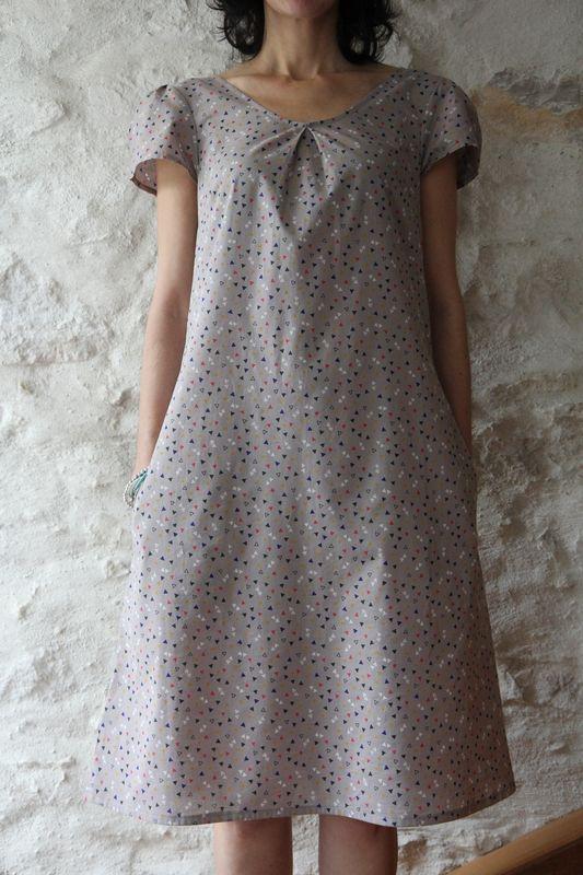 Robe toute simple et jolie et tissu que j'adore !