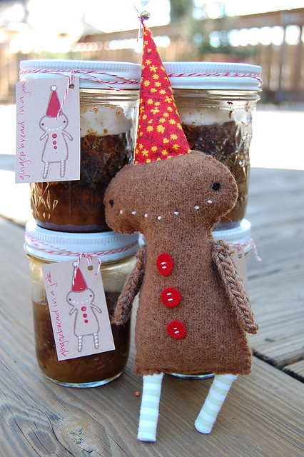 Gingerbread in a jar for Xmas; recipe here: http://www.food.com/recipe/gingerbread-pudding-cake-266842