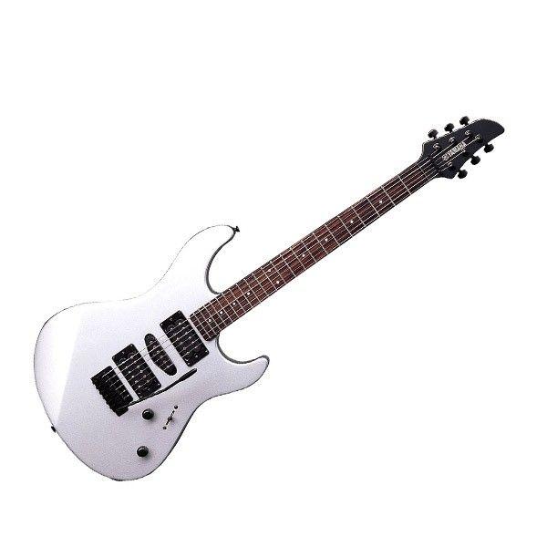 Yamaha Elektrik Gitar RGX121Z didesain sesuai filosofi RBX Premium. Dengan menambah pickup single dan trem vintage yang memberikan fleksibilitas maksimum untuk Anda. Dengan dua tombol kontrol utuk mengatur volume dan tone.