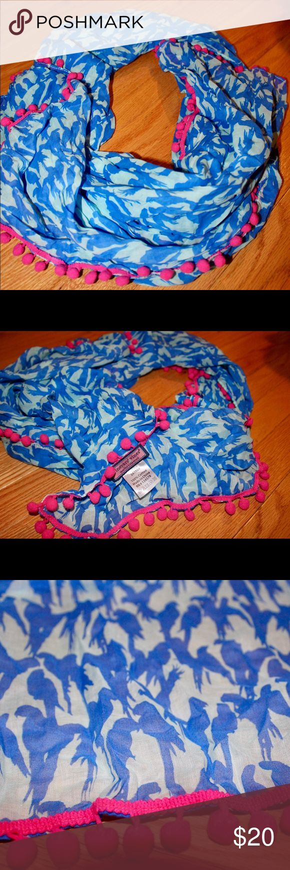 Vineyard Vines scarf Beautiful, light weight blue and white scarf with pink embellishments and a parrot design. Brand new! Make me an offer 😊 Vineyard Vines Accessories Scarves & Wraps