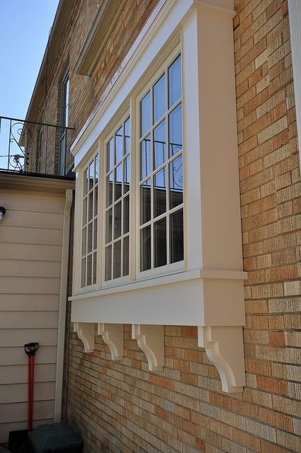 continuous countertop/window sill (outside)